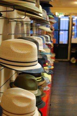 Foto 2 de A Fábrica dos Chapéus