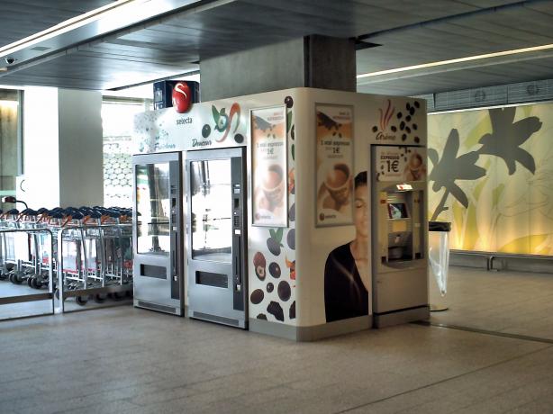 Foto 1 de APL - Automáticos Portugueses, Lda - Vending desde 1945