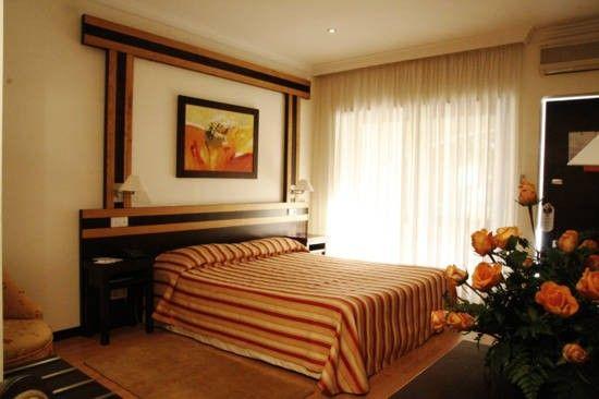 Foto 2 de Hotel Quinta dos Tres Pinheiros, Lda