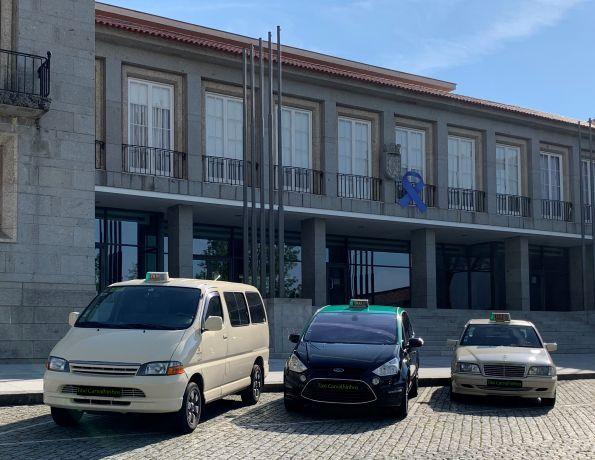 Foto 2 de Táxis Carvalhinhos, Lda