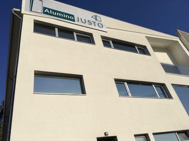 Foto 1 de ALUMINÓ JUSTO - A Justo Line, Soc. Unip. Lda