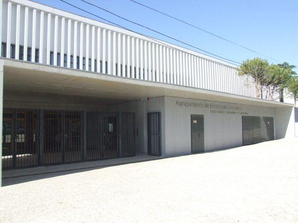 Foto de Escola Básica e Secundária de Carcavelos