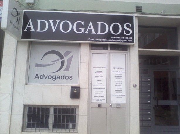 Foto 2 de Andrea Oliveira Santos - Advogada, Rl