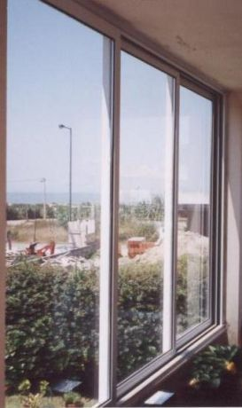 Foto 1 de Cdt - Caixilharias, Divisórias e Tetos Falsos, Lda