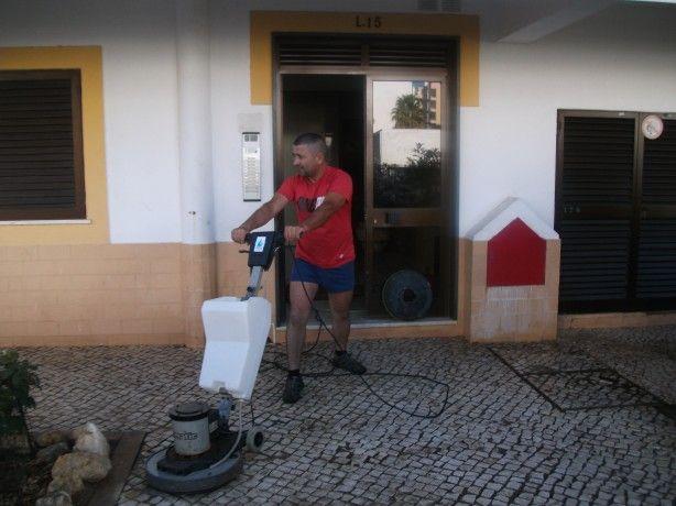 Foto 2 de Bom Dia Limpezas-Serviços de limpezas e Manutenção Low Cost